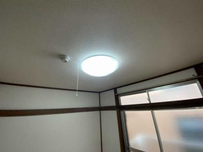 LED照明各部屋完備!