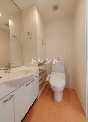 【玄関】西新宿ビップロイヤル