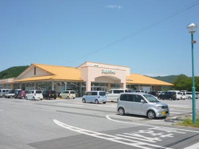 フレンドマート 安土店(1718m)