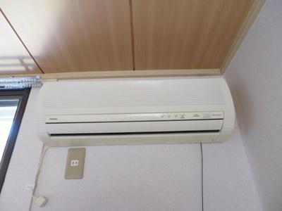 エアコン2台付 別のお部屋のお写真となります。