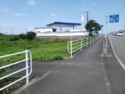 【前面道路含む現地写真】鳥取市服部土地