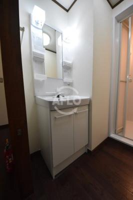 西田ハイツ 洗面スペース