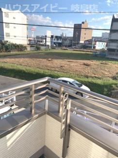 岐阜市薮田中 国道21号線すぐそば!名古屋方面・大垣方面アクセス良好♪間取り4LDK!お車スペース並列2台可能!南道路につき日当り良好です♪