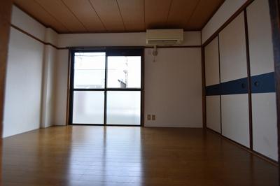 【寝室】ヤマモトマンション(株)ROOTS