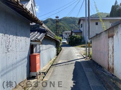 【前面道路含む現地写真】たつの市新宮町篠首/中古戸建