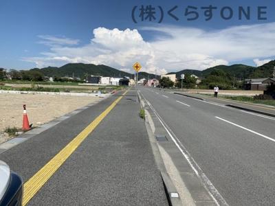 【前面道路含む現地写真】たつの市龍野町中村/売土地