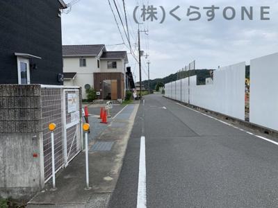 【前面道路含む現地写真】たつの市揖西町小神/新築住宅