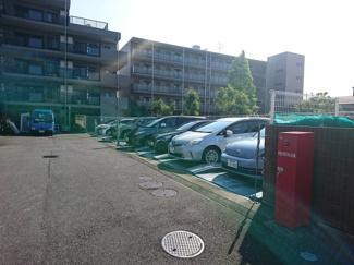 機械式駐車場です