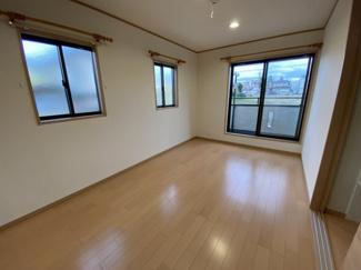 中央区松ヶ丘町 新築一戸建て 大森台駅 洋室全室6帖以上ですので、余裕があります。