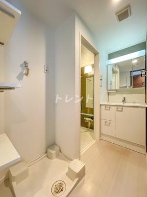 【玄関】ヴァローレクオリタ浅草橋
