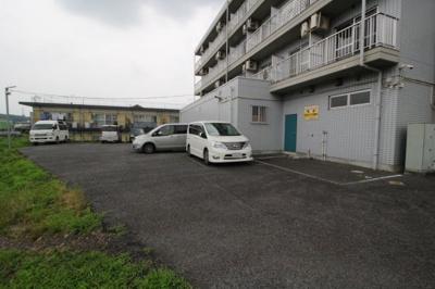 【駐車場】コーポ左入駐車場