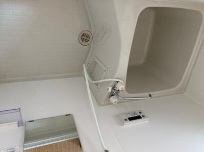 【浴室】仲川貸家