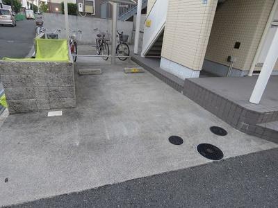 【駐車場】メゾン・ド・ユウ