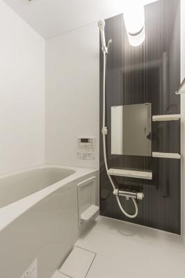 使い勝手が良さそうなお風呂ですね(^o^)