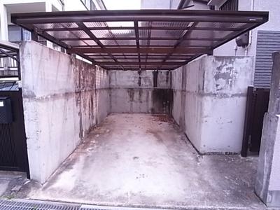 【駐車場】桃山台6丁目戸建
