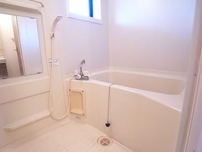 まっ白いお風呂☆