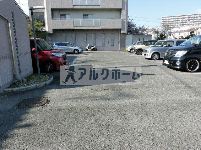 【駐車場】パレフルール