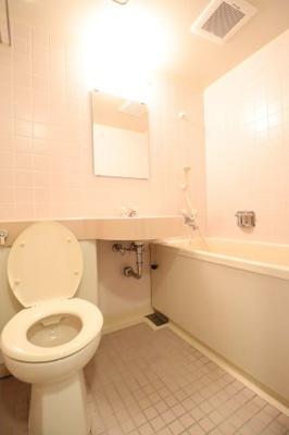 【浴室】ヴェルビュ二条城東