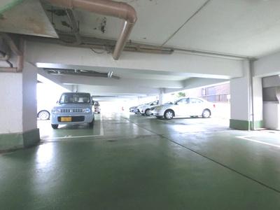 敷地内駐車場です。