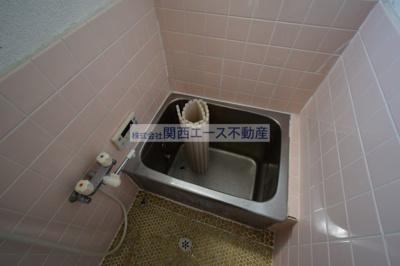 【浴室】下六万寺町2丁目貸家