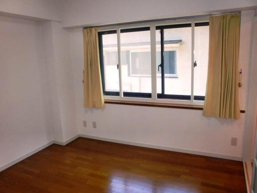 7帖の広さがある使いやすい洋室です。