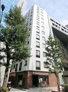 鉄筋鉄骨コンクリート造の12階建、エレベーター付きマンションです。