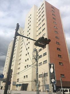 14階建てマンション、板橋スカイプラザ 外観です。