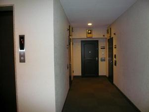 エレベーターもありますので、お部屋まで楽々上がれます。