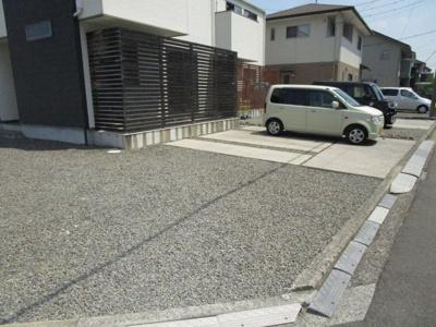 【駐車場】ボンボニエール