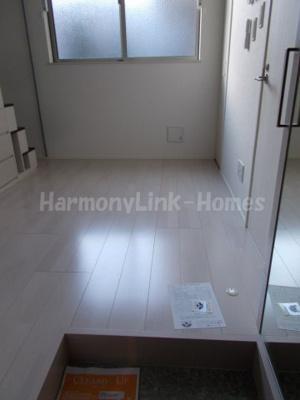ハーモニーテラス足立Ⅱの玄関(別部屋参考写真)