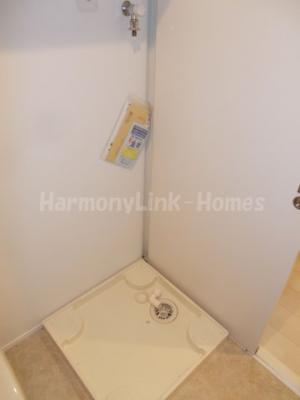 ハーモニーテラス亀有の室内洗濯機置き場