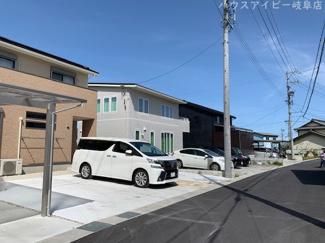 揖斐郡池田町萩原 一条工務店施工の中古住宅 築2年 太陽光発電システム搭載 最寄りの駅まで徒歩約10分!電車通勤させている方にもオススメです。