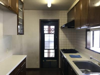 【キッチン】藤岡市上戸塚の二世帯中古戸建