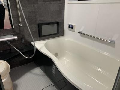 【浴室】富田林市木戸山中古戸建
