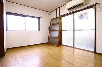 【寝室】仲田2丁目戸建