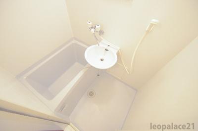 【浴室】レオパレスTENNOJI