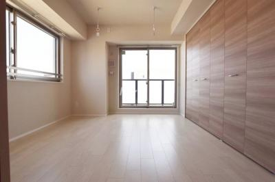 【洋室】フトューロ東神田
