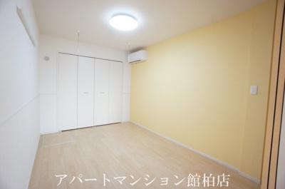 【寝室】ブライト セゾン
