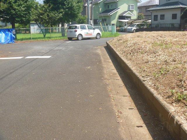 【前面道路含む現地写真】茨城町小幡土地