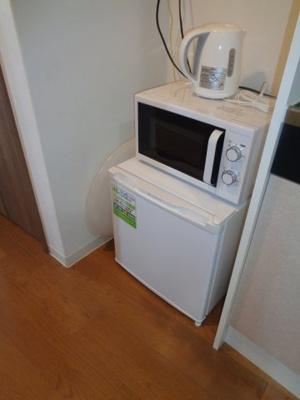 ミニ冷蔵庫・電子レンジ