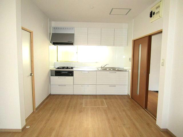 【キッチン】南区柳河内2丁目戸建