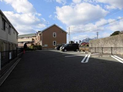 【駐車場】ガーデンヒルズ