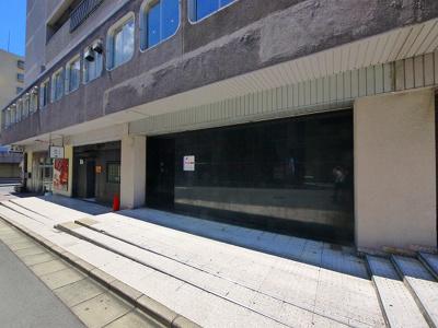 【周辺】ALPHA GRANDE店舗(アルファグランデ)