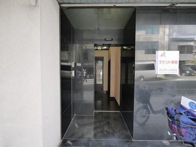 【玄関】ALPHA GRANDE店舗(アルファグランデ)