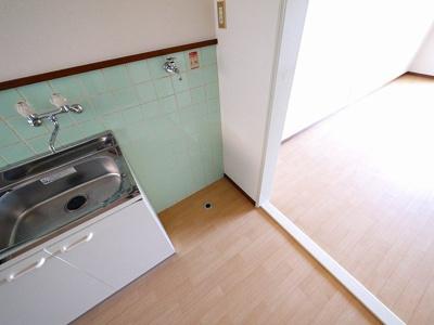 室内洗濯機置き場がございます。