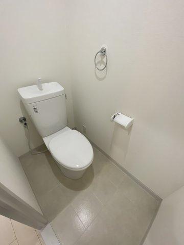 トイレはウォシュレットを取り付けることも可能です#