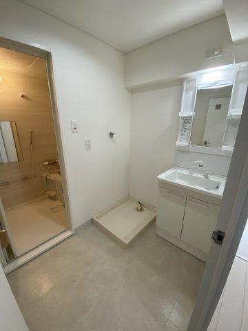洗面所には収納がないので上部をうまく使い収納の造作をご提案します#