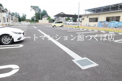 【駐車場】LUCE(ルーチェ)つくばB棟