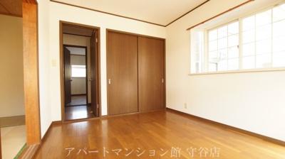 【洋室】アヴァンメゾン新守谷C