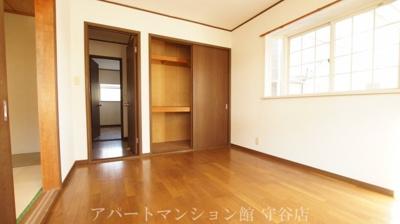 【内装】アヴァンメゾン新守谷C